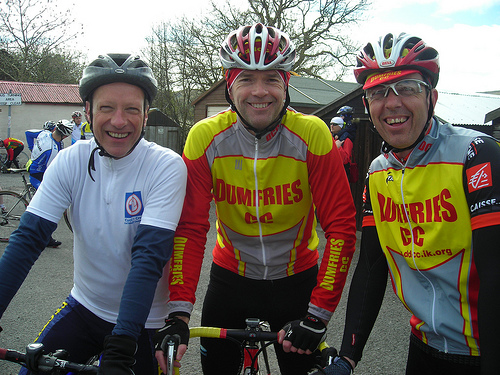 Some Dumfries CC riders all smiles at the start 2009